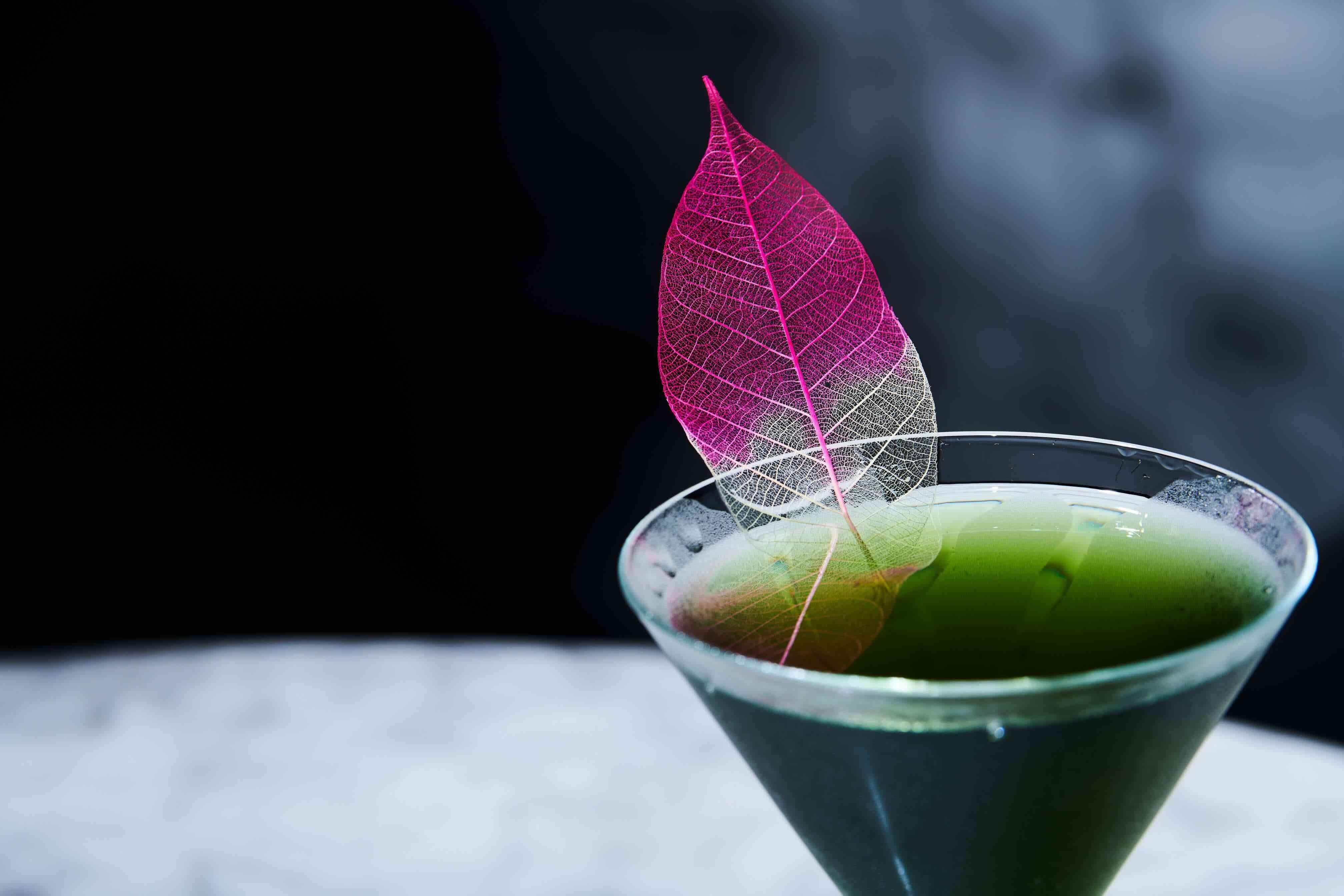 Green cocktail with Pink & White leaf